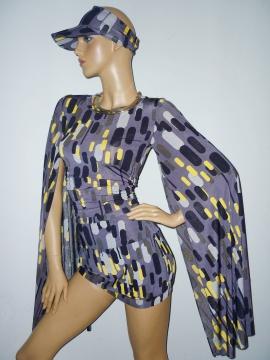 Kleid mit XL-Ärmeln