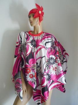 Exklusive Kombination Poncho + Haar Accessoire