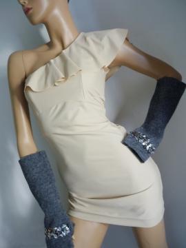 Designer Handschuhe aus gewalkter Wolle