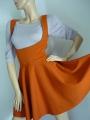 Kleid mit Ausschnitt vorne